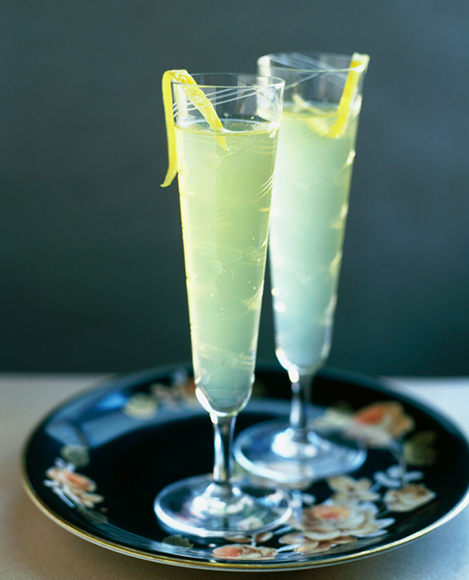 Limoncello Sparkler. | Photo by Alexandra-Grablewski.