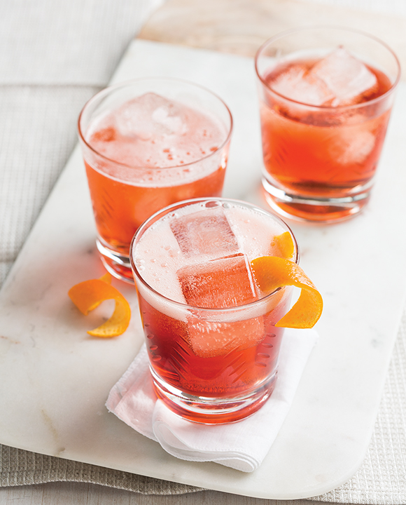 Negroni Sbagliato. | Photo by Lara Ferroni.