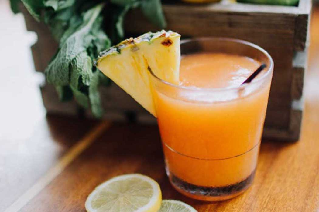 DRINK THIS: PASSION FRUIT FROSÉ