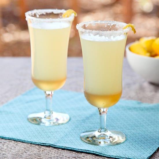 sparkling lemon ginger mocktail