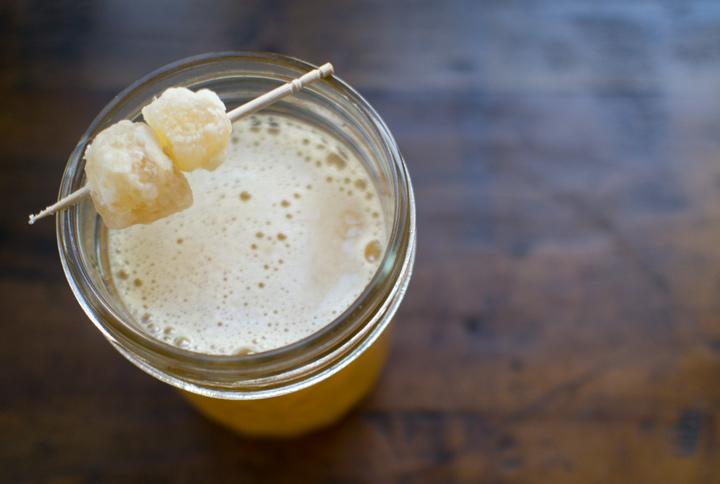 ginger-apple-cider-Cocktail-crdt-kelly-carambula
