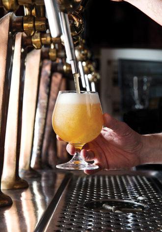 rome-mache-vertical-beer-crdt-dylan+jeni