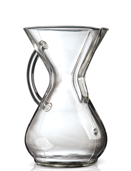 In 2013, Chemex re-released a vintage design, showcasing a glass handle on the original device as an alternative to the wooden collar.