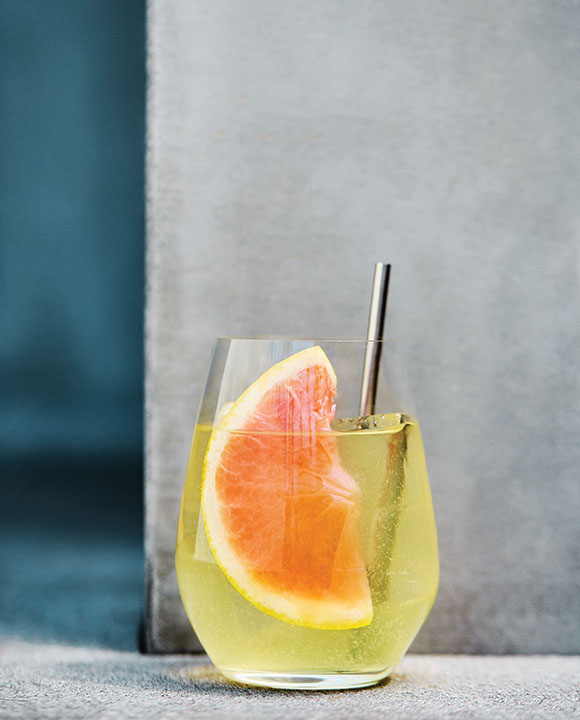 Rib Tickler Spritz. | Photo by Dylan + Jeni.
