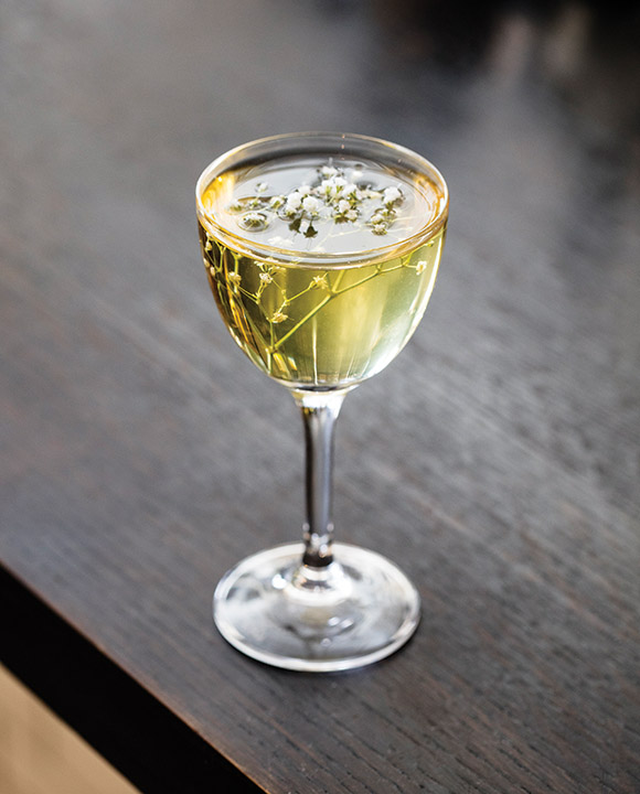 The Negroni Bianco features gin, Bianco vermouth, dry vermouth, Quinaquina, verjus and lemon bitters. | Photo by Eric Medsker.