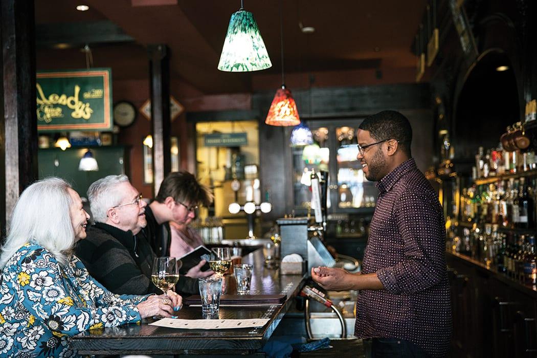 mulleady's-pub-henry-garnes2-crdt charity burggraaf