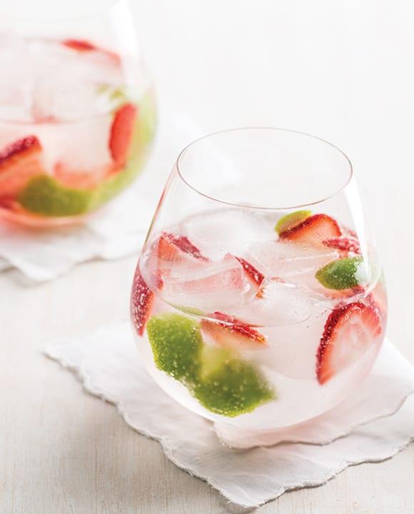Strawberries and Old Tom Gin & Tonic. | Photo by Lara Ferroni.