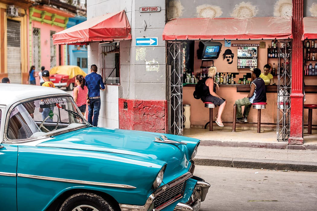 A corner cafe in Habana Vieja.