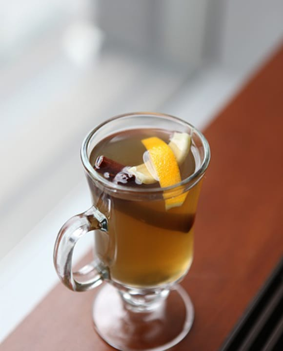 Chamomile Toddy. | Photo courtesy of Porter House Bar & Grill.