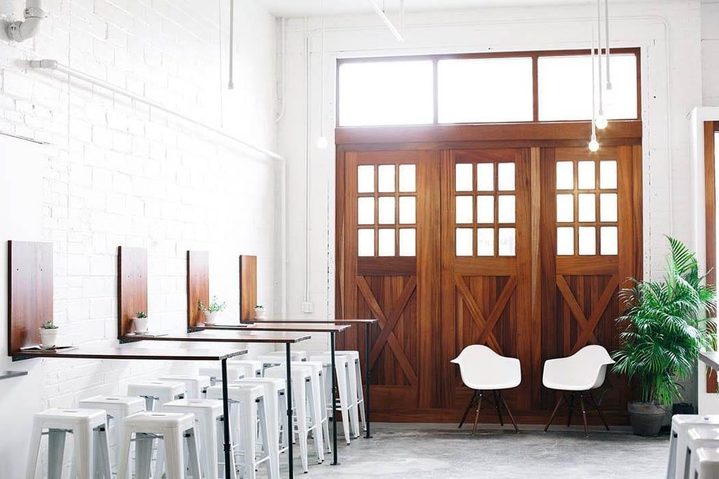 Peachy Inside Look Horizon Line Coffee Des Moines Imbibe Magazine Customarchery Wood Chair Design Ideas Customarcherynet