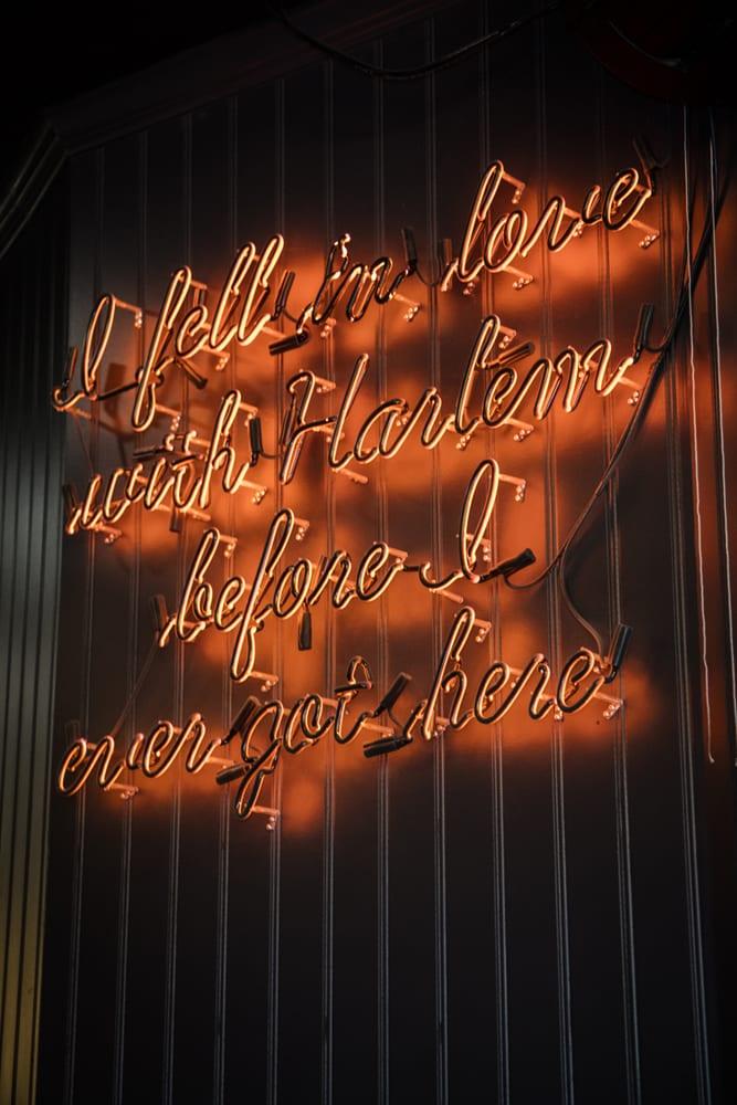 harlem-hops-neon